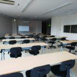 中山の貸会議室です。地階 B1A セミナールーム 20名様までご利用いただけます!