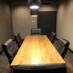 広瀬通【仙台協立第1ビル3階3-G貸会議室・応接室】6名様用 家具にこだわった貸し会議室・応接室 大切な打ち合わせができる質を感じる空間です